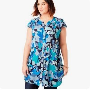 Roaman's plus size floral ruffled button tunic top